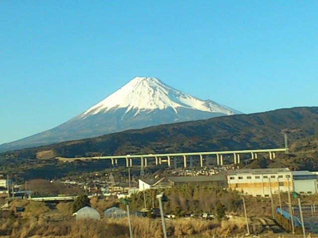雪化粧の富士山。いいもんですね☆